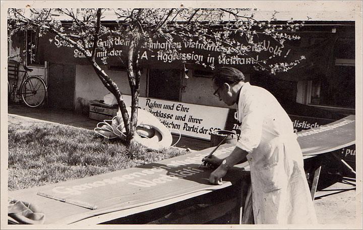 Gründer Willi Rieck bei der Arbeit